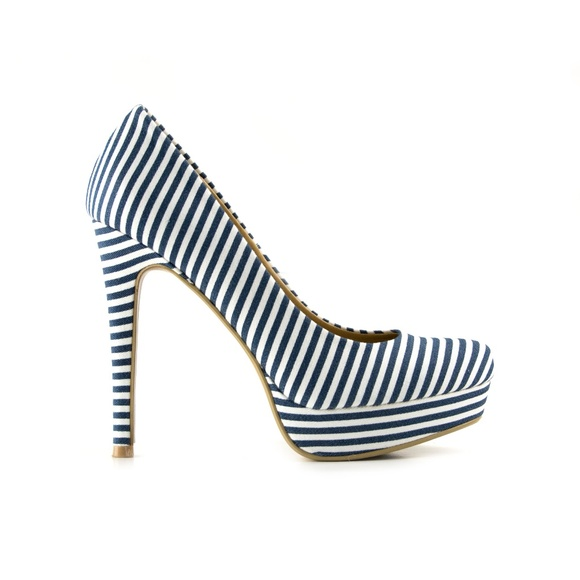 f5d48e276580 Chinese Laundry Shoes - Chinese Laundry Navy Striped Heels 6.5M